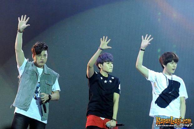 super_junior_k_pop_festival_music_bank_stadion_gelora_bung_karno_senayan_jakarta_09_maret_2013_2-20130310-003-bambang