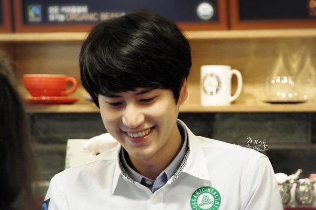 140830-kyuhyun-at-mom-cafe006