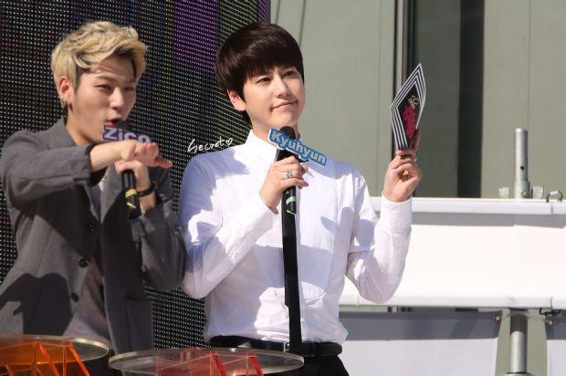 140906_Kyuhyun_MBC_Music_Core_secret (1)