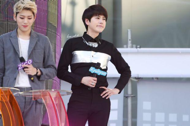 140906_Kyuhyun_MBC_Music_Core_secret (2)