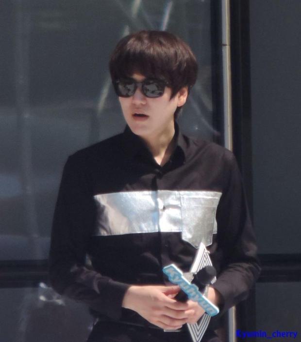 140906_Kyuhyun_MusicCore_Kyumin_cherry (27)