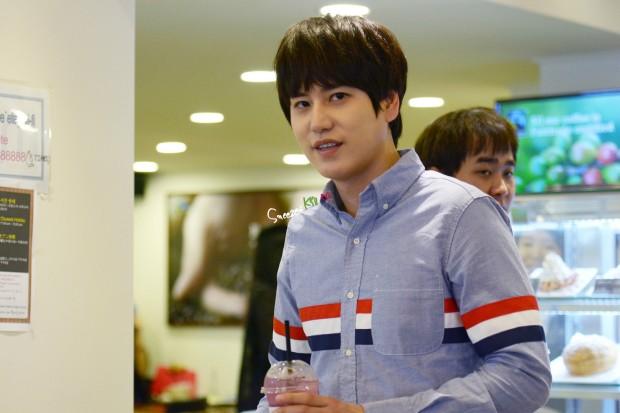 140907_Kyuhyun_Mom_House_sneezesKyu
