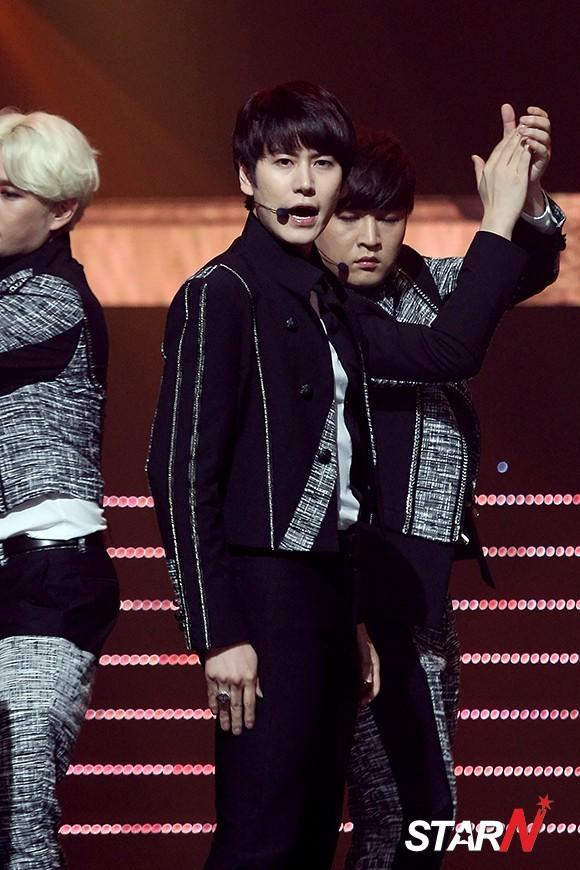 140911_Kyuhyun_MCD_newspic (1)