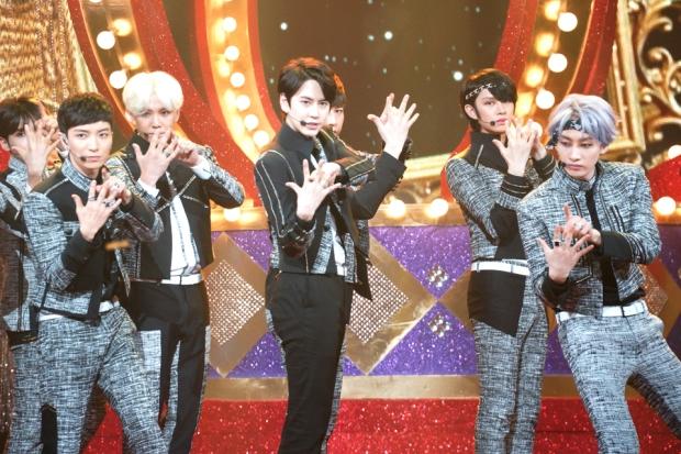 sj_kbsMusicBank_kyuhyun (1)
