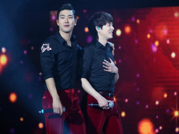 141122_ss6_beijing_kyuhyun (14)