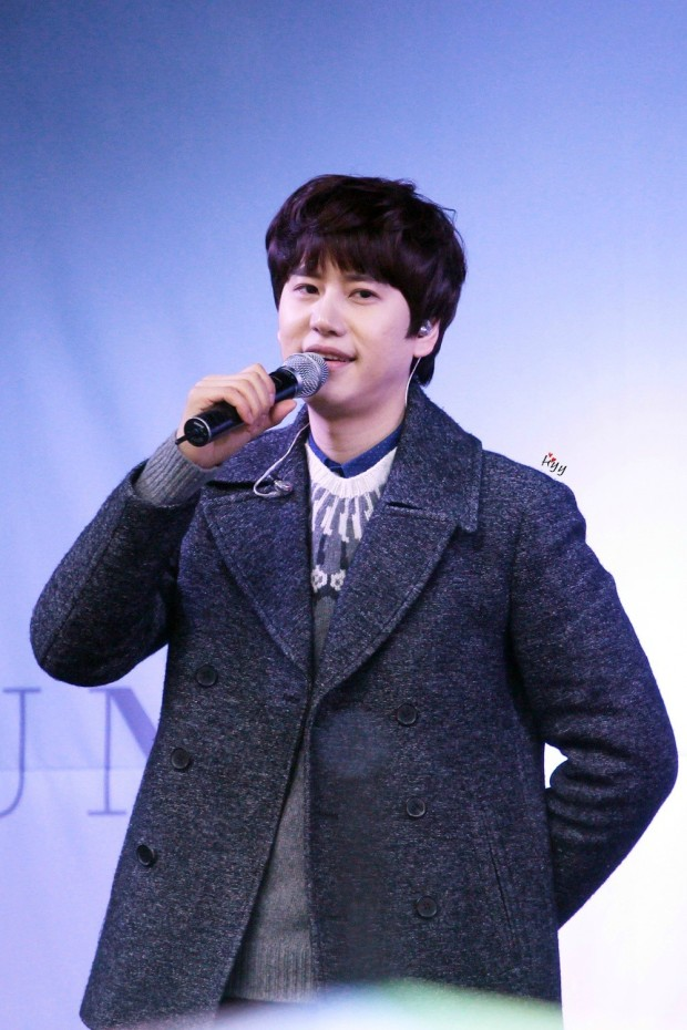 141128_kyuhyun_sueprise_mini_concert_ELF依_传说中的YY (11)