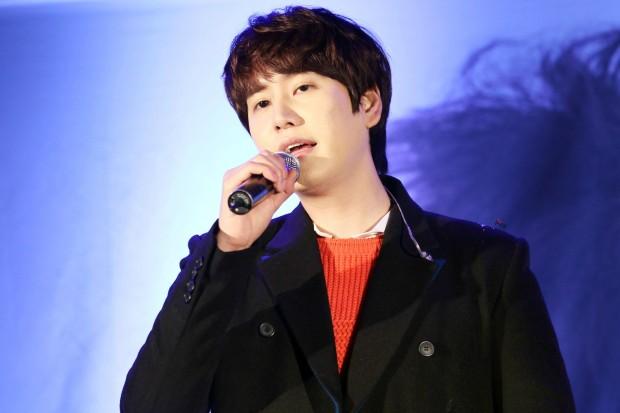 141128_kyuhyun_sueprise_mini_concert_ELF依_传说中的YY (6)