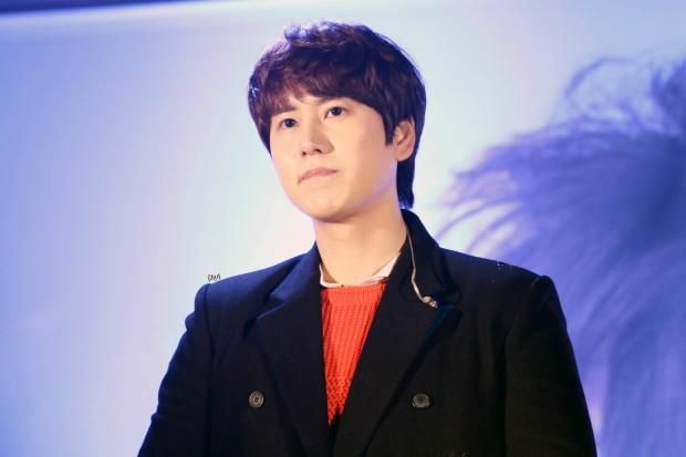 141128_kyuhyun_sueprise_mini_concert_ELF依_传说中的YY (7)