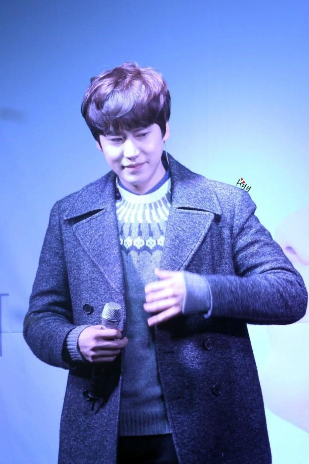 141128_kyuhyun_sueprise_mini_concert_ELF依_传说中的YY (9)
