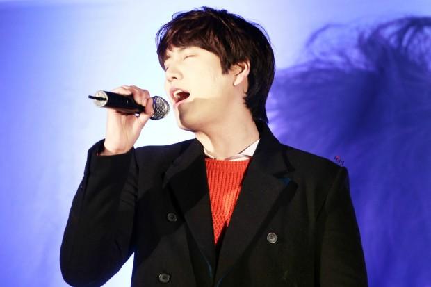 141128_kyuhyun_sueprise_mini_concert_ELF依_传说中的YY