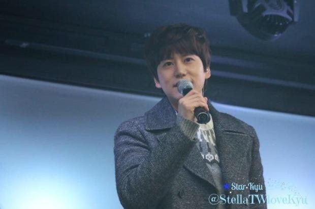 141128_kyuhyun_surprise_mini_concert (6)