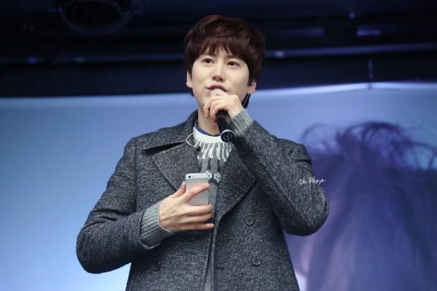 141128_kyuhyun_mini_concert (2)