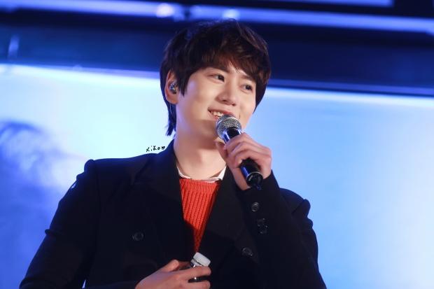141128_kyuhyun_Mini_Concert_coex_ewha (12)