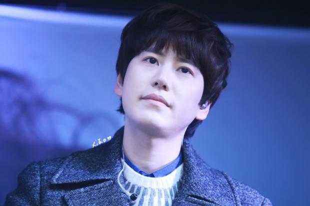 141128_kyuhyun_Mini_Concert_coex_ewha (14)