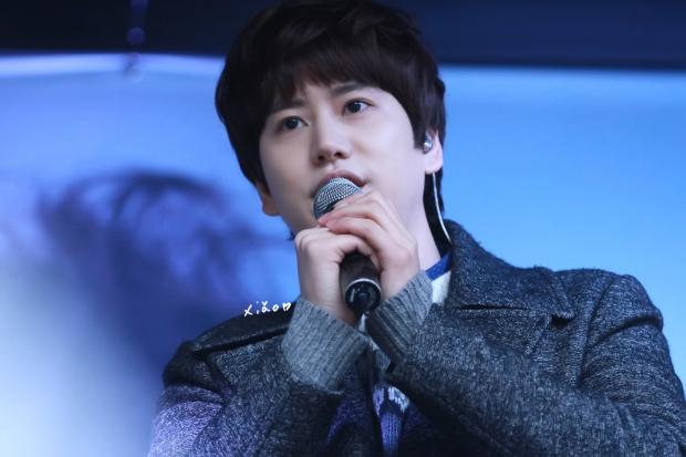 141128_kyuhyun_Mini_Concert_coex_ewha (17)