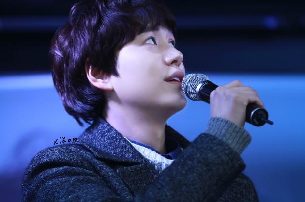 141128_kyuhyun_Mini_Concert_coex_ewha (3)