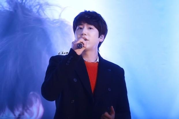 141128_kyuhyun_Mini_Concert_coex_ewha (7)