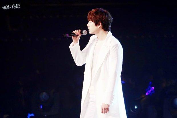 141129_ss6_taiwan_kyuhyun_d1 (2)