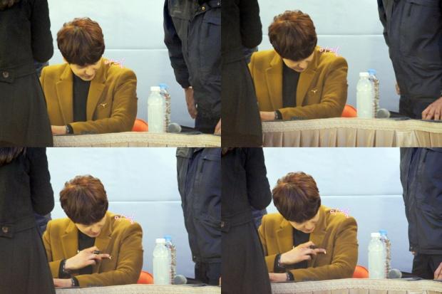 141203_kyuhyun_mini_concert_lotte_mall (31)