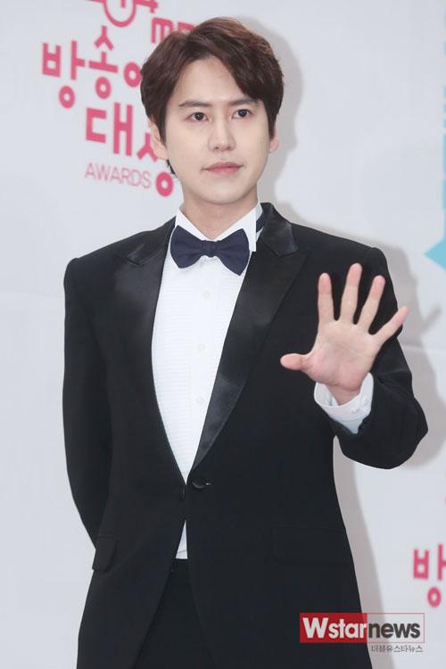 141229_kyuhyun_mbc_ent_awards (1)