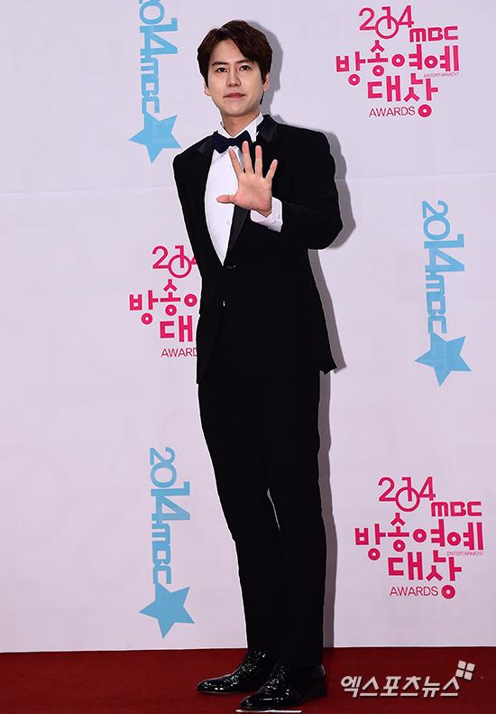 141229_kyuhyun_mbc_ent_awards (10)