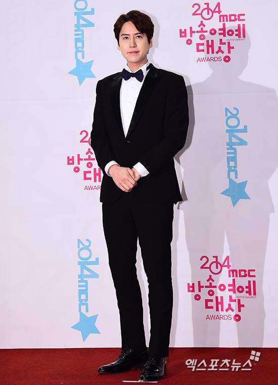 141229_kyuhyun_mbc_ent_awards (11)