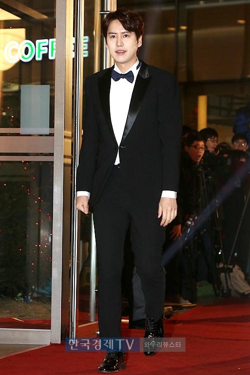 141229_kyuhyun_mbc_ent_awards (15)