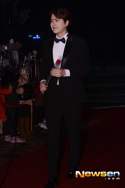 141229_kyuhyun_mbc_ent_awards (23)