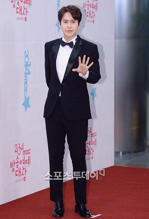 141229_kyuhyun_mbc_ent_awards (27)