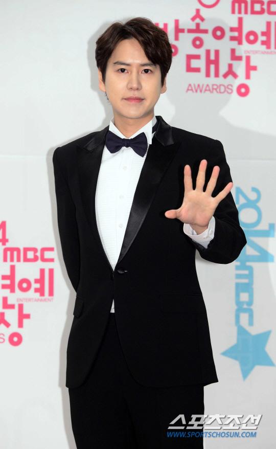 141229_kyuhyun_mbc_ent_awards (30)