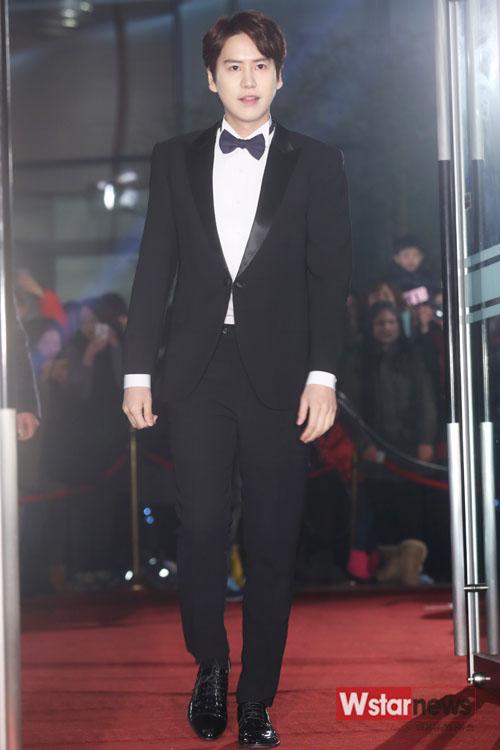 141229_kyuhyun_mbc_ent_awards (33)