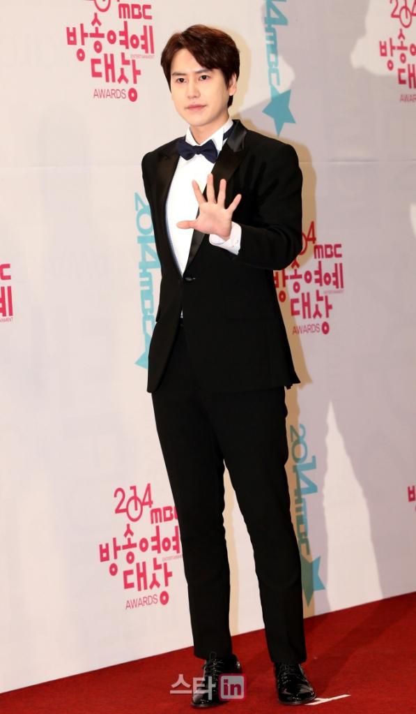 141229_kyuhyun_mbc_ent_awards (39)