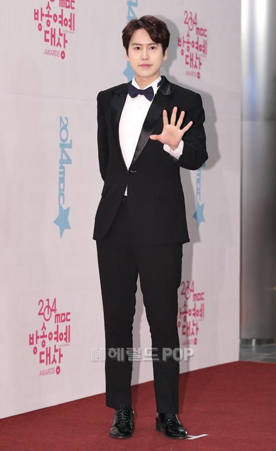 141229_kyuhyun_mbc_ent_awards (41)
