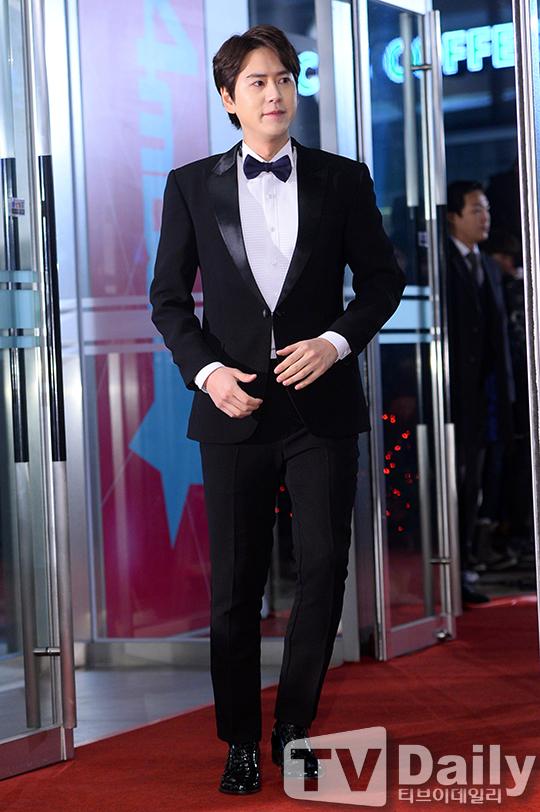 141229_kyuhyun_mbc_ent_awards (7)