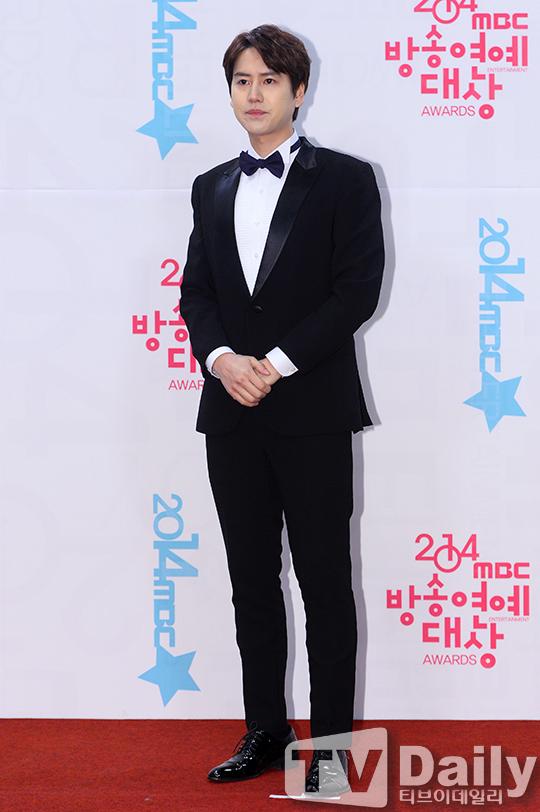 141229_kyuhyun_mbc_ent_awards (8)