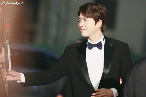 141229_kyuhyun_mbc_entertainment_awards