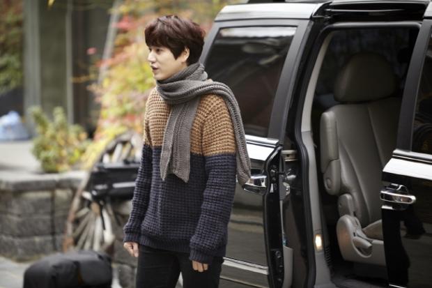 Staff_diary_update_kyuhyun_at_gwanghwamun_ (1)