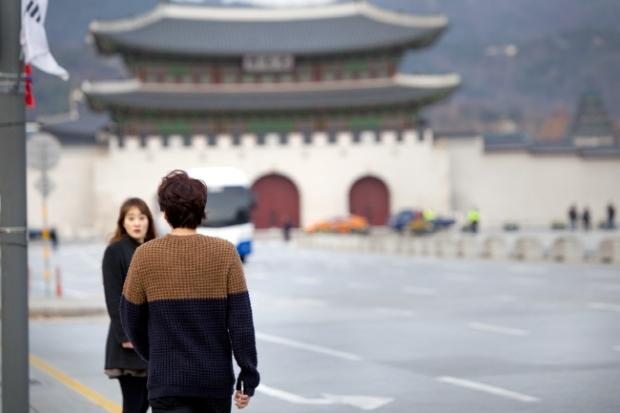 Staff_diary_update_kyuhyun_at_gwanghwamun_ (3)