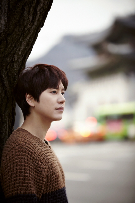 Staff_diary_update_kyuhyun_at_gwanghwamun_ (9)