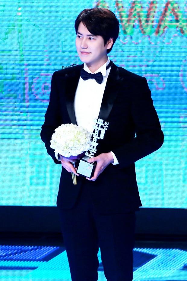 141229 MBC Ent Award Kyuhyun (3)