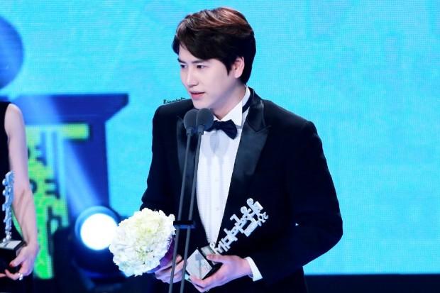 141229 MBC Ent Award Kyuhyun (6)