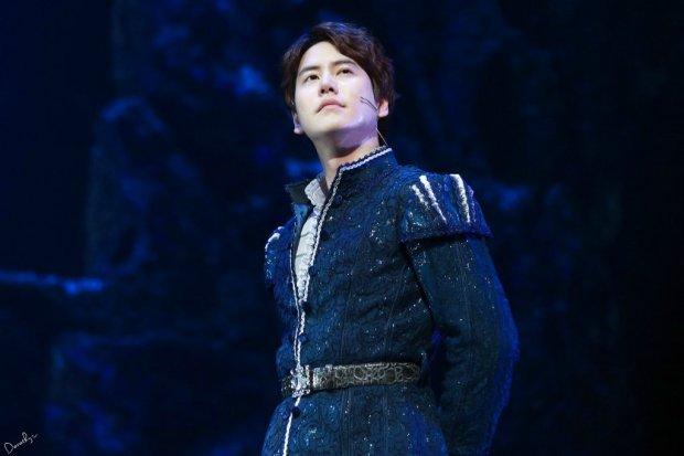 150123_kyuhyun_Robin_hood_musical (3)