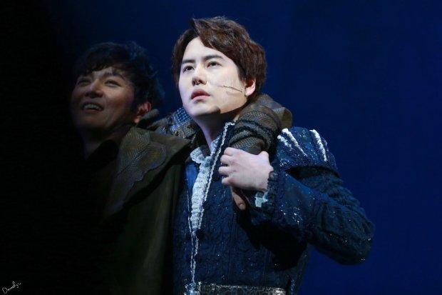 150123_kyuhyun_Robin_hood_musical