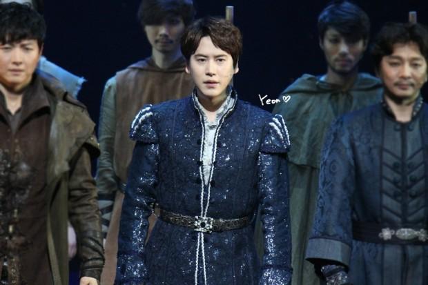 150123_kyuhyun_robin_hood_musical_1st (2)
