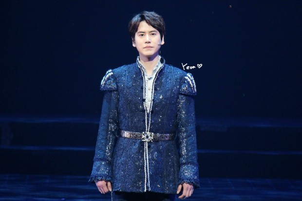 150123_kyuhyun_robin_hood_musical_1st