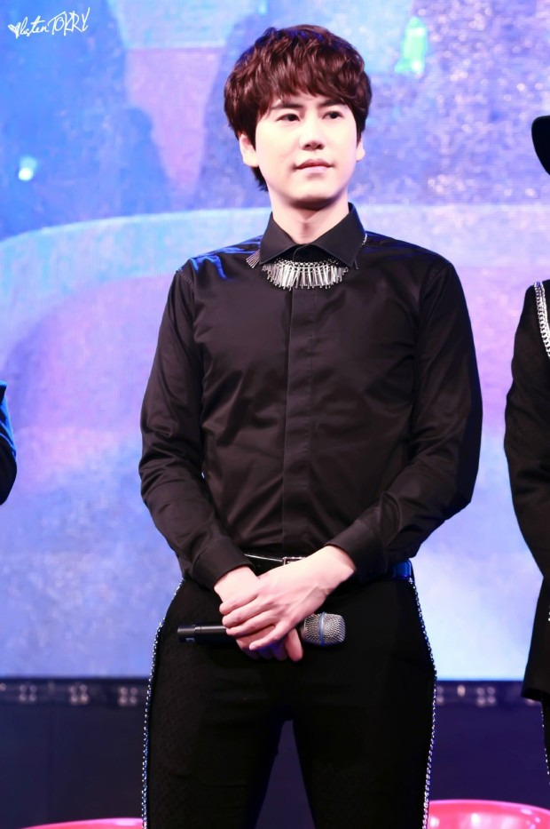 150124_lotte_fanmeet_Kyuhyun (3)