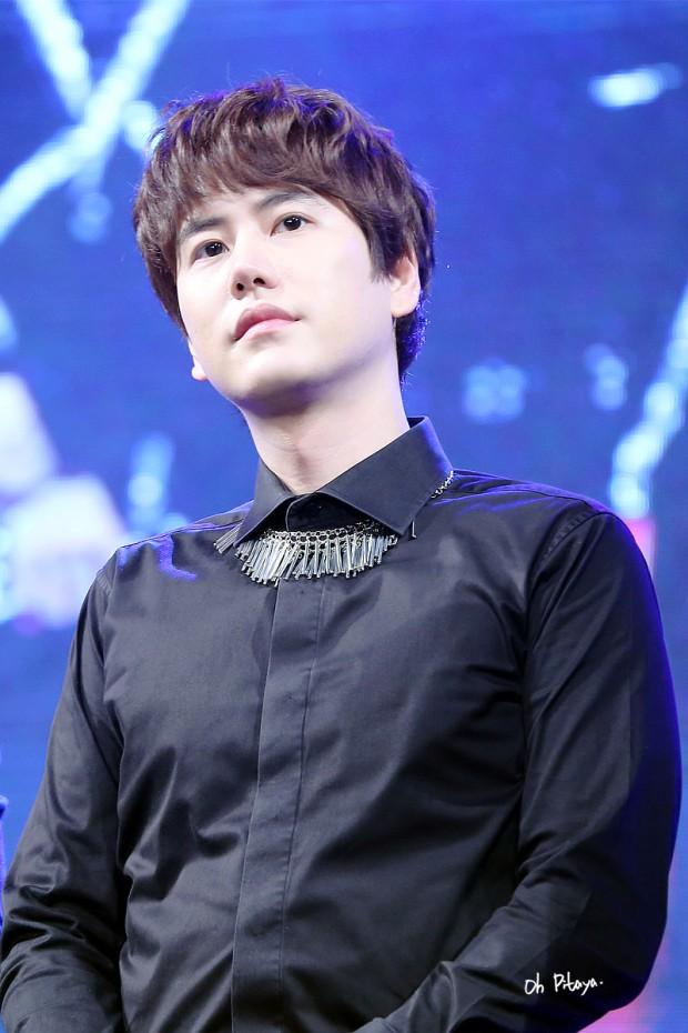 150125_lotte_fanmeeting_kyuhyun (1)