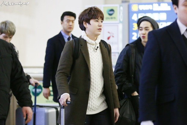 150201_kyuhyun_incheon_to_india (2)