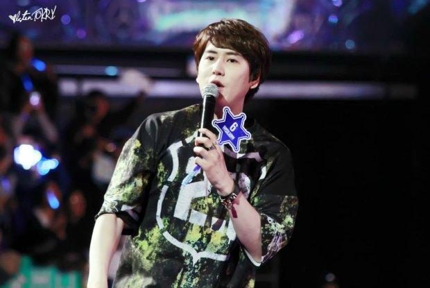 150207_ss6Shanghai_kyuhyun (4)